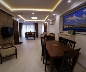 Deluxe First Floor